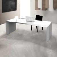 Scrivania in Adamantx®, designer Lorenzo Della Pria